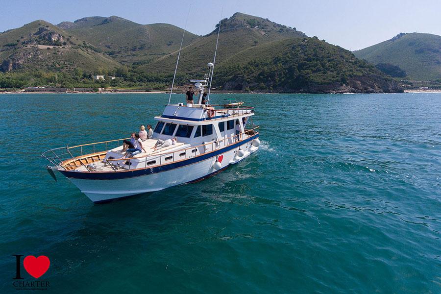 I-Love-Charter-Mini-Crociera-Grotta-Tiberio-Grotta-Azzurra-San-Felice-Circeo-Terracina-Fondi-Sperlonga-Gaeta-Formia-Ponza-Palmarola